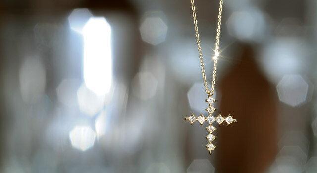 シンプルダイヤプチネックレスの魅力 :ドラマ・ナオミとカナコ