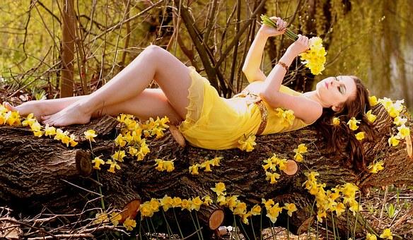 黄色の宝石効果