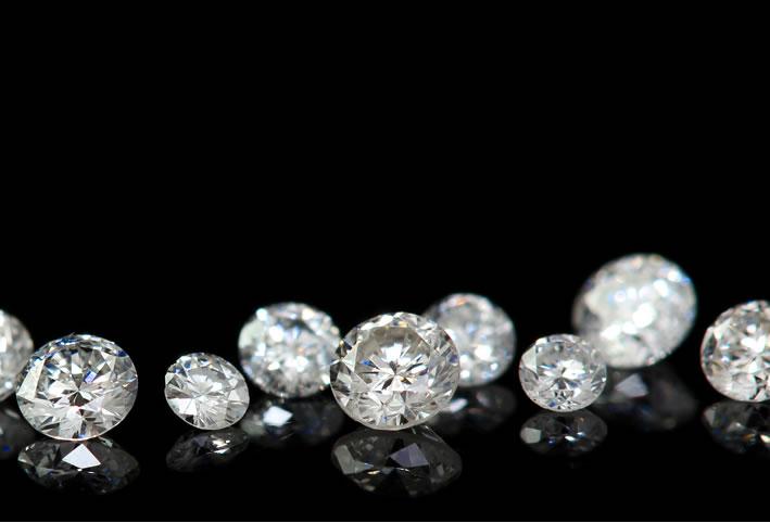 ダイヤモンドはどうやってできるのか:魅かれる理由がそこにある