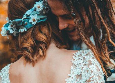 エタニティリング:結婚記念日に贈られるリングの代表
