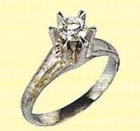 ダイヤモンド立爪リング